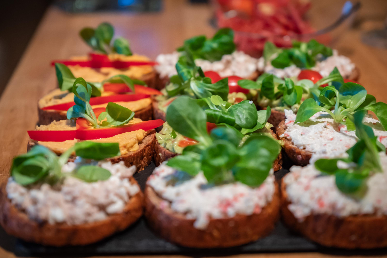 Zdravé a krásné chlebíčky a to včetně skvělého nízkosacharidového pečiva Večerní chlebík od Penam
