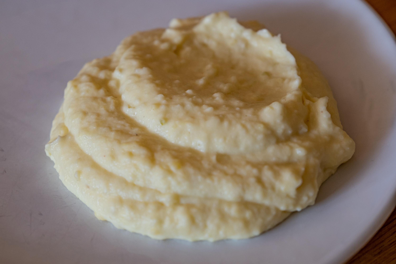 Exkluzivní bramborová kaše se smetanou a cibulkou