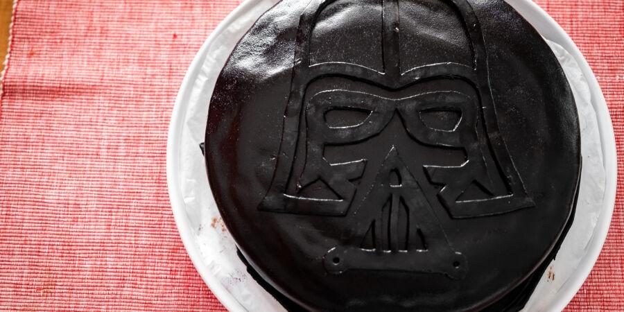 Čokoládový dort Darth Vader
