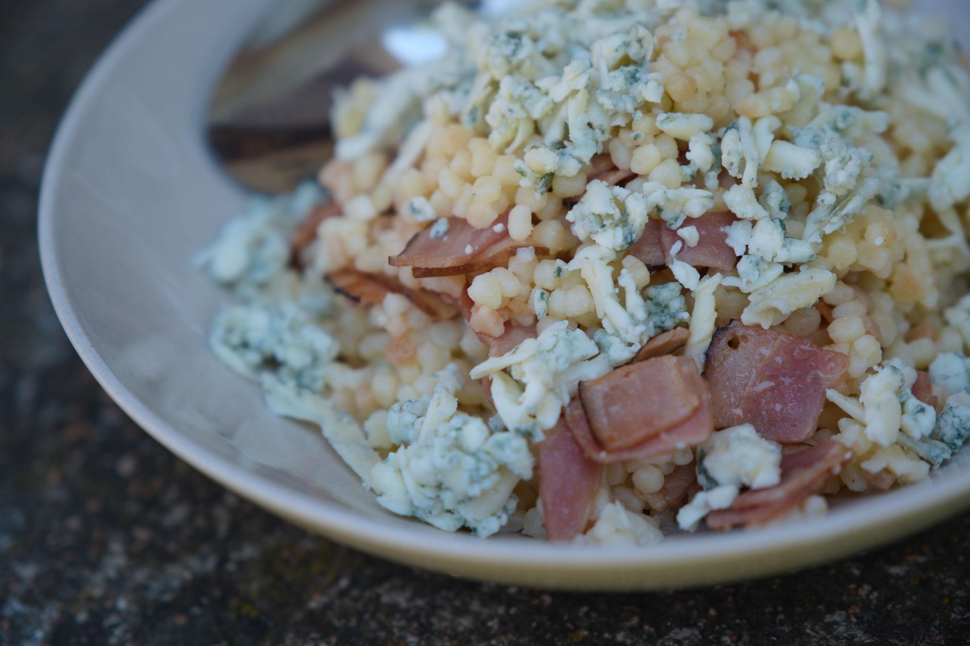 Tarhoňa s Nivou a slaninou
